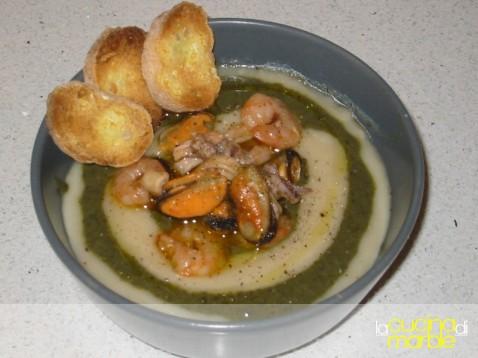 zuppa frutti di mare fagioli cavolo nero