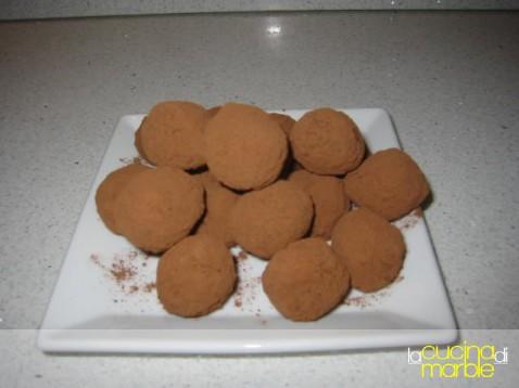 cioccolatini alle mandorle e caffè