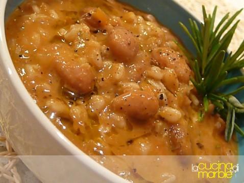 zuppa di farro e fagioli toscana