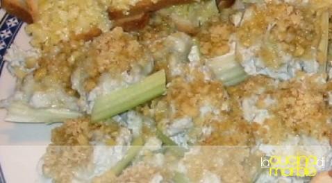 sedano con gorgonzola e noci